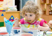 Zbilansowana dieta dziecka - zdrowe i wartou015bciowe posiu0142ki w u017cu0142obku lub przedszkolu