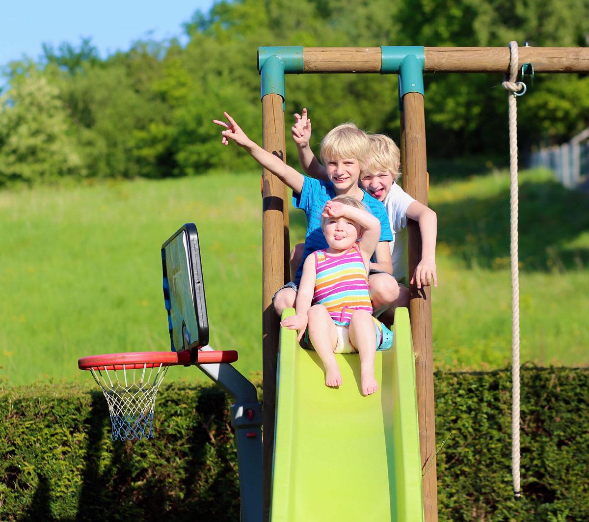 Zaplanuj ogród w przedszkolu lub żłobku © cromary - Fotolia.com