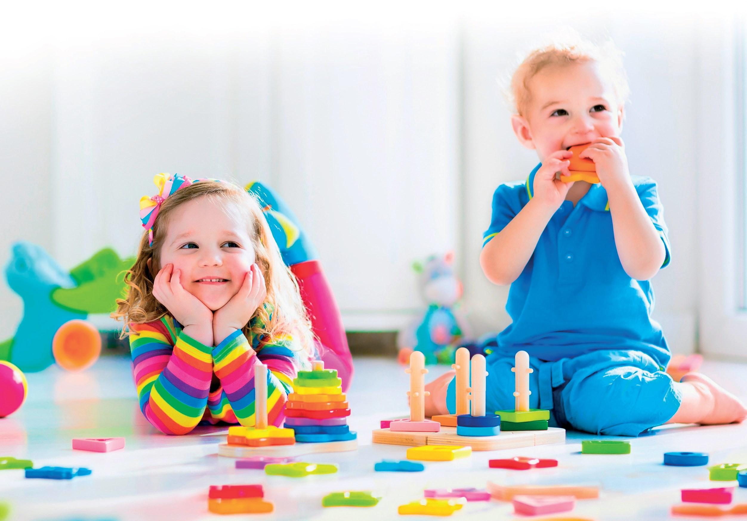 gry edukacyjne dla dzieci w żłobkach i przedszkolach © www.shutterstock.com