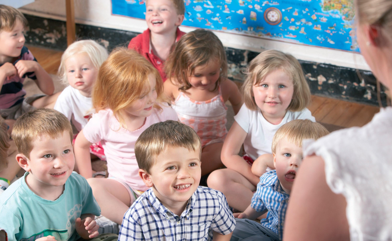 © www.shutterstock.com pierwszy-dzien-w-przedszkolu