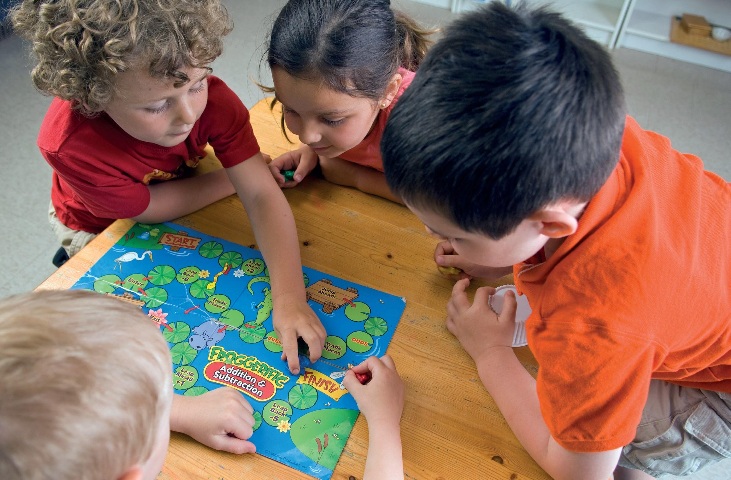fot. Fotolia.com Gry planszowe do pracy z dziećmi