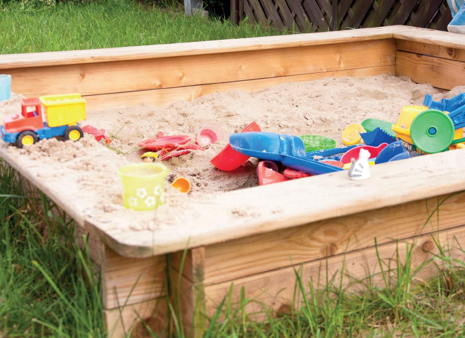 Kontrola stanu placu zabaw w żłobku i przedszkolu
