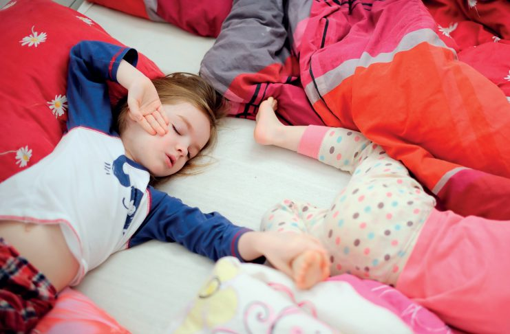 fot. Fotolia.com Pierwsza noc poza domem w przedszkolu2