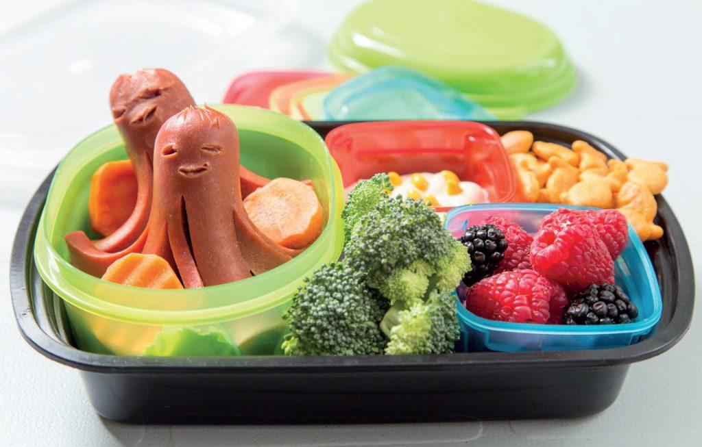 Jak zachęcić dziecko do jedzenia warzyw fot. Fotolia.com