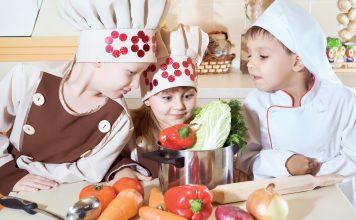 fot. Fotolia.com Na co zwrócić uwagę podczas żywienia dzieci