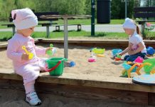 Piaskownica – źródło chorób dzieci fot. Fotolia.com