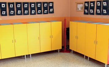 Odnawiamy szatnię w żłobku i przedszkolu fot. Fotolia.com
