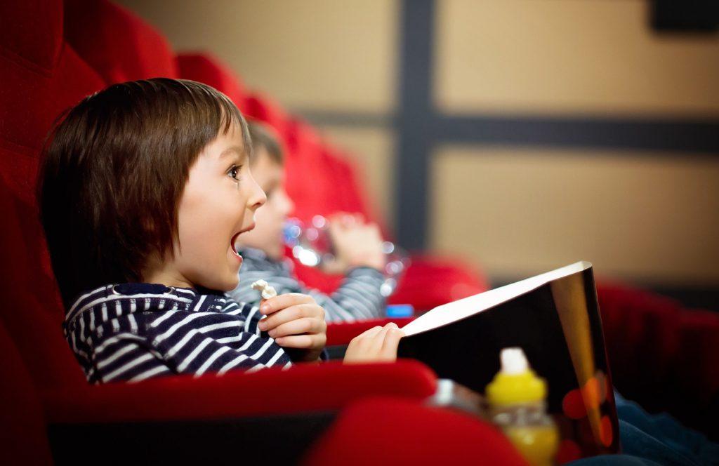 Fot: Fotolia.com kino czy teatr co wybrac dla dzieci